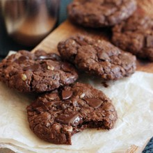 Vegan Whole Grain Double Chocolate Cookies