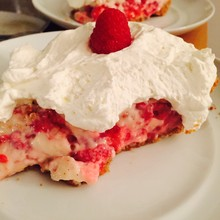 Vanilla-Raspberry Cream Pie